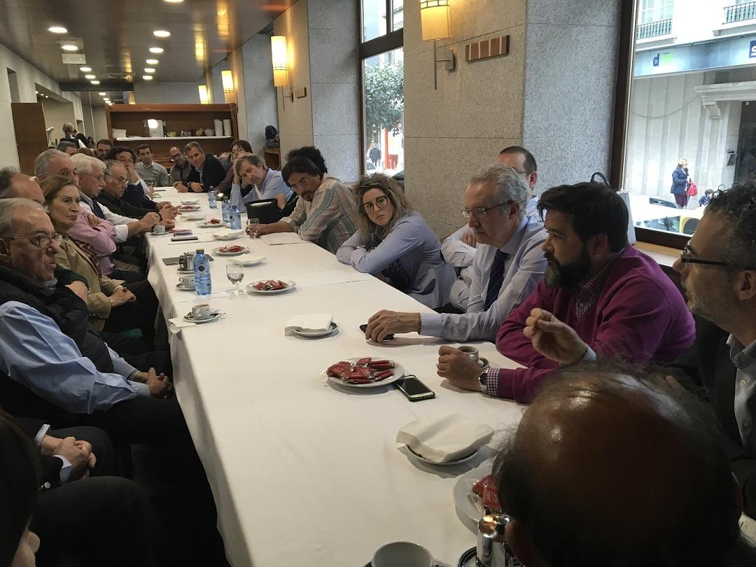 Encuentro con sanitarios en campaña generales 2019