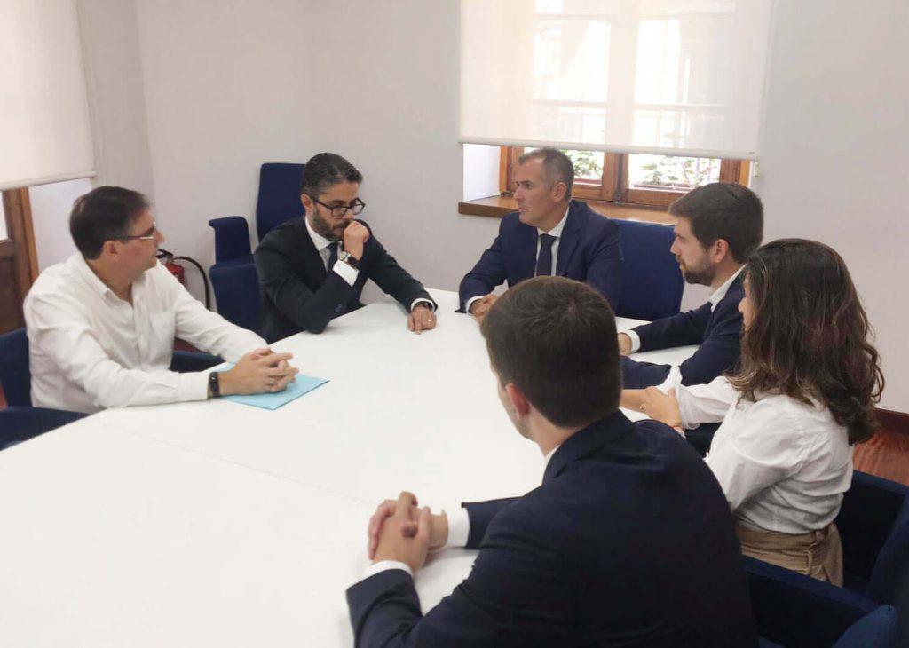 Reunión en Oviedo sobre la recogida de basuras