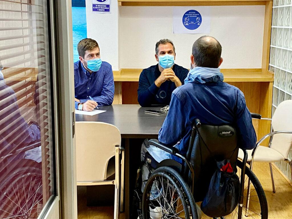 El PP de Pontevedra se reúne con Amizade para hablar de la nueva ordenanza municipal de movilidad