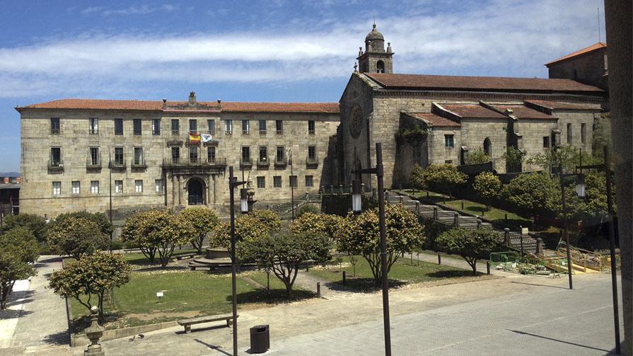Antiguo edificio hacienda en Pontevedra