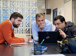 Reunión con Pedaladas para analizar el tráfico en Pontevedra