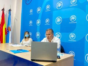 Rafa Domínguez y Pepa Pardo en junta local PP de Pontevedra