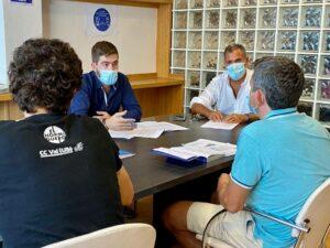 Reunión entre Pedaladas y el PP de Pontevedra