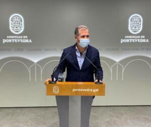 Domínguez carga contra la acumulación de retrasos en las obras del BNG y del PSOE en Pontevedra, y propone una reducción de impuestos para los comercios afectados